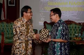 """seminar dengan tema """"Peran Kantor Perwakilan Bank Indonesia dalam Pengembangan Ekonomi Daerah"""""""